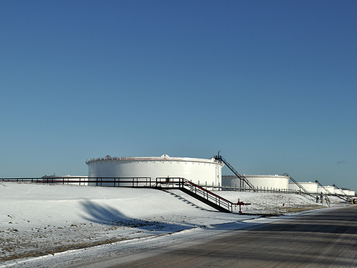 Terminal facility tanks in winter